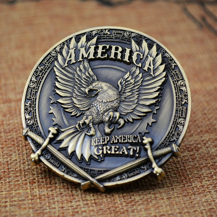 Trump 2020 Keep America Great President Election Comemorative Challenge Coin Org Badge